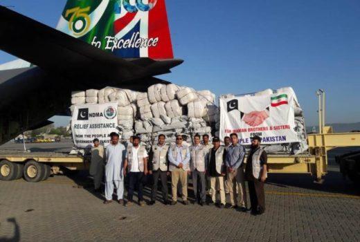 ارسال کمکهای بشردوستانه پاکستان به ایران