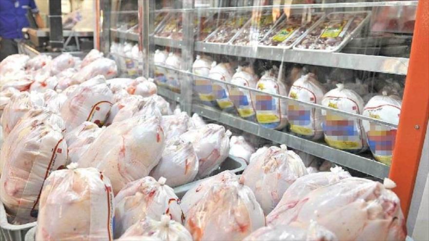 بیش از 450تن کالای اساسی در مهاباد توزیع شد