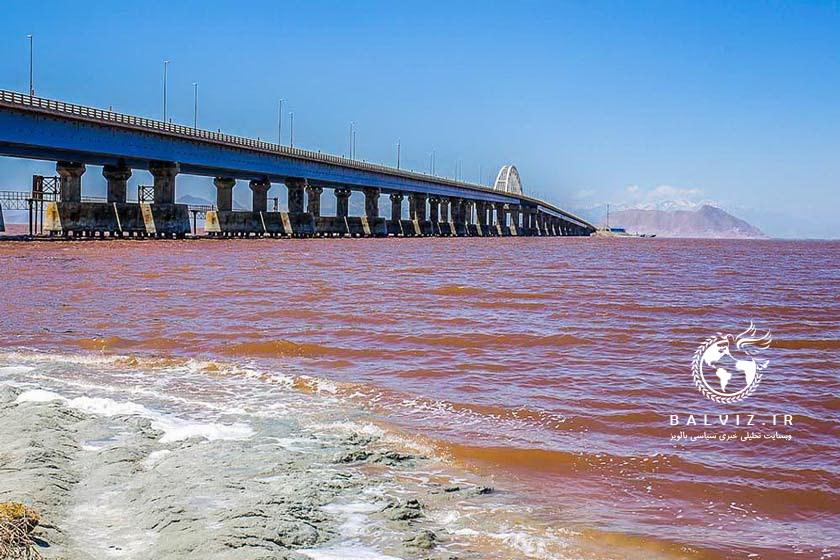 تبخیر آب دریاچه ارومیه با گرم شدن هوا شروع شد