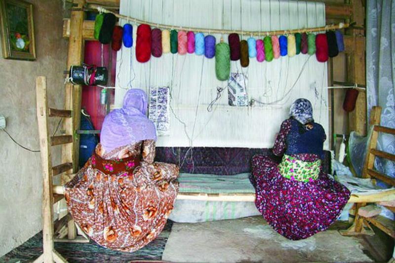 قالی بافان مهاباد