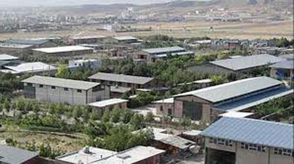 12فقره جواز تاسیس و توسعه صنعتی جدید در مهاباد صادر شد