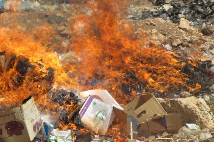28تن مواد غذایی فاسد در مهاباد معدوم شد