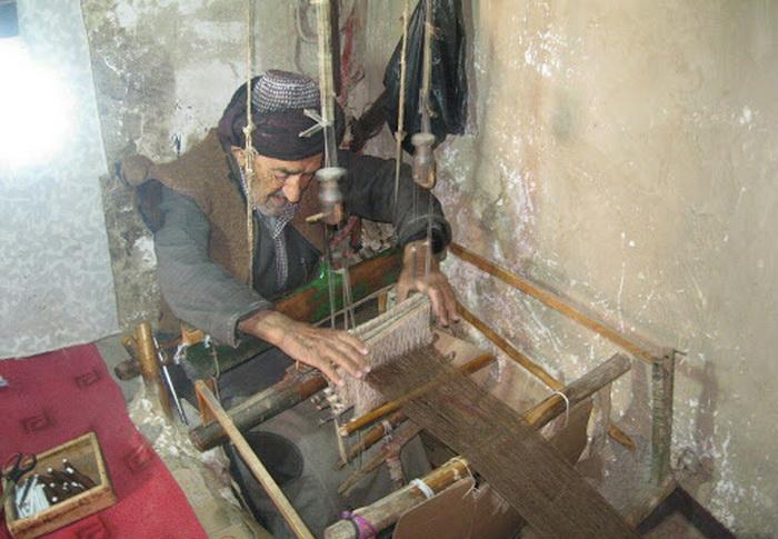 هنر جولایی ( دست بافت سنتی ) در فهرست آثار ناملموس آذربایجان غربی ثبت شد