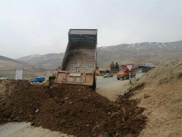 مسیرهای منتهی به مراکز سیاحتی مهاباد بسته شد