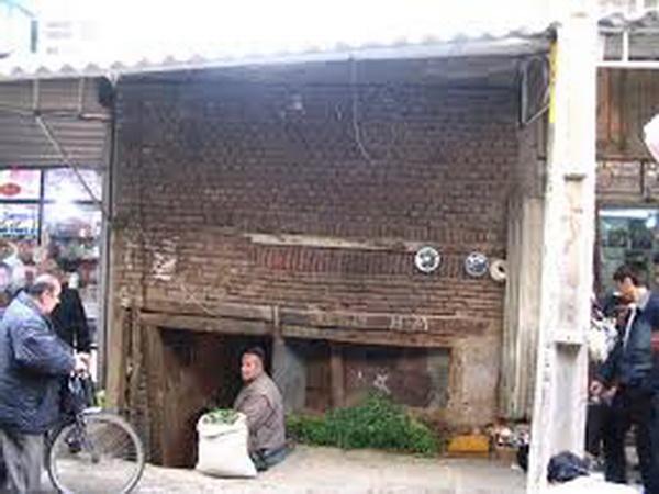 """واحد های صنفی محله های محوطه بازار ملاجامی از جمله """" سربرداش """" حق فعالیت ندارند"""