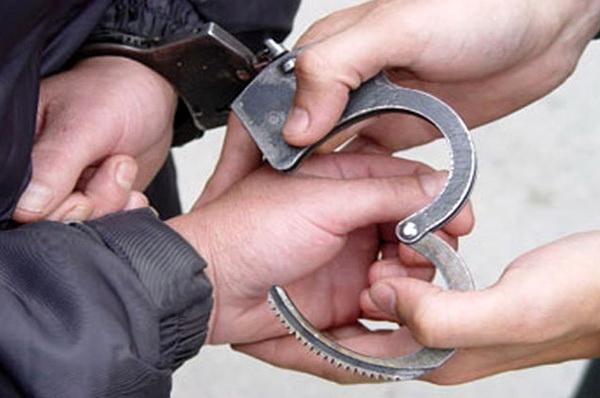 سارق اماکن خصوصی و ساختمان های نیمه کاره در مهاباد دستگیر شد
