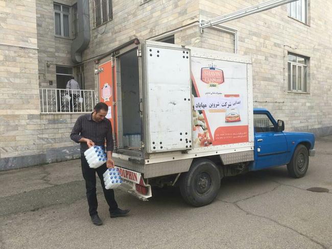 اهدایی ۲هزار ۲۰۰بطری محلول ضد عفونی کننده از طرف شرکت شروین مهاباد