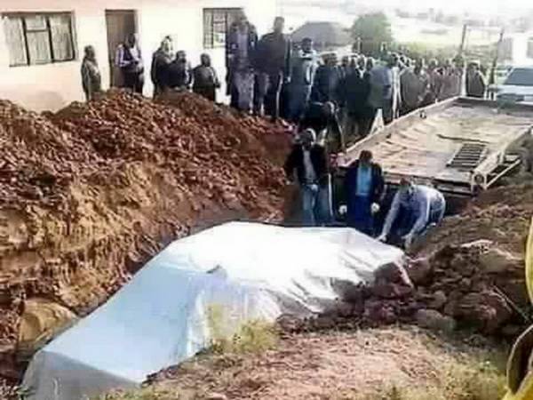 دفن بیمار کرونایی به همراه ماشین در کشور اردن