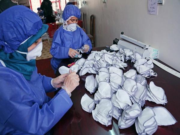 روزانه بیش از 2هزار ماسک و لباس ایزوله در شهرستان بانه تولید می شود