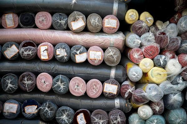 محموله پارچه قاچاق در مهاباد کشف و ضبط شد