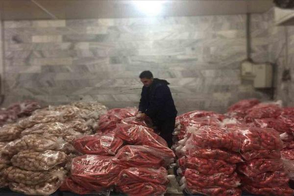 فرآورده های گوشتی فاسد در مهاباد معدوم سازی شد
