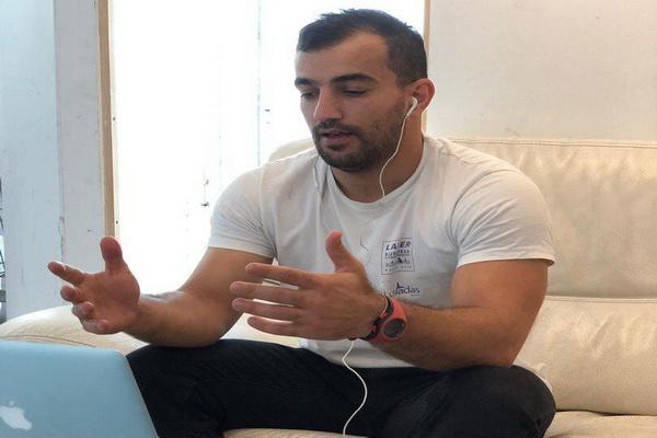 حضور احمد احمدی  ملی پوش بادبانی ایران در وبینارهای کنفدراسیون بادبانی آسیا