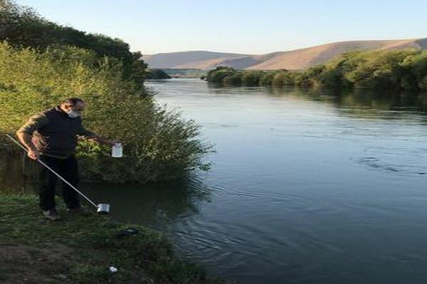 نمونه برداری و پایش رودخانه های زرینه و سیمینه در جنوب استان آذربایجان غربی
