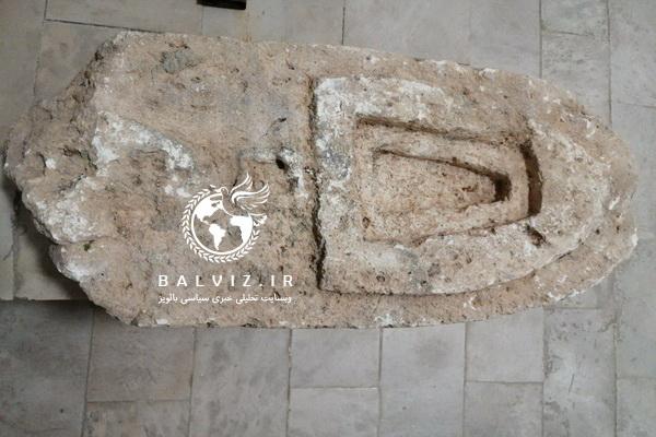 سنگ قبر مربوط به قبرستان پیر باییز مهاباد به موزه مردم شناسی انتقال یافت