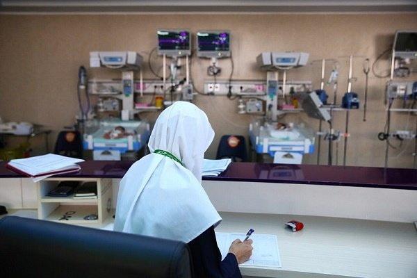 اضافه کاری پرستاران و نیروهای بهداشتی شرکتی به روز است