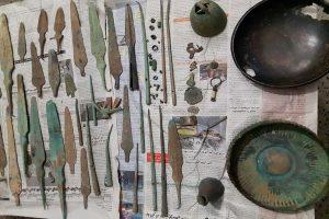 بیش از 80 قطعه اشیای تاریخی در بوکان کشف شد