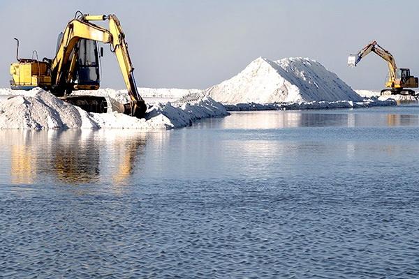 بزرگترین پروژه برای احیای دریاچه ارومیه در دی ماه به بهره برداری می رسد