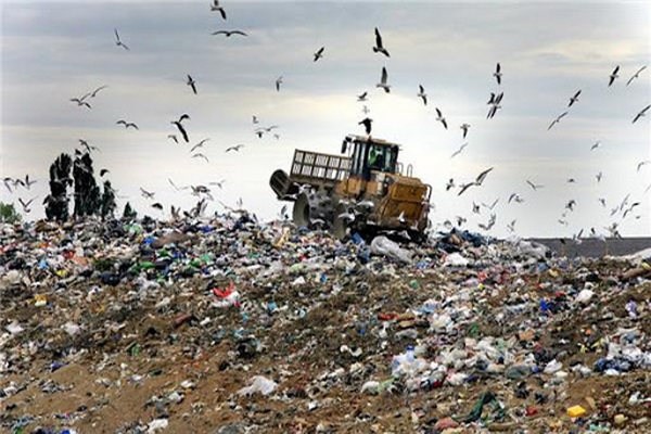 جهت ساماندهی سایتهای پسماند بیش از 20 هکتار به سایت زباله نازلو ارومیه الحاق می شود