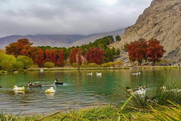 پاییز طاق بستان کرمانشاه