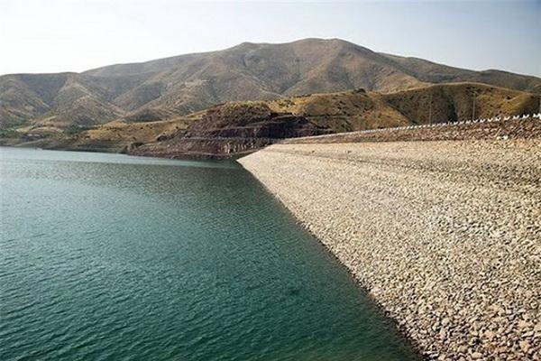 حجم آب مخازن پشت سدهای آذربایجان غربی کاهش یافت