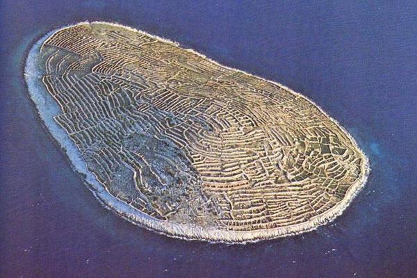 جزیرهای شبیه به اثر انگشت!