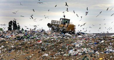 زباله شهر مهاباد از ابتدای آذرماه به سایت جدید در محور مهاباد-میاندوآب منتقل میشود