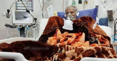 پیرمرد ۷۰ ساله پاوه ای پس از گذشت ۲۵ روز کرونا را شکست داد