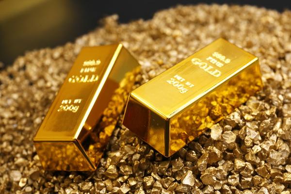 سالانه یک میلیون و ۸۵ هزار تن ماده معدنی طلا در تکاب استخراج می شود