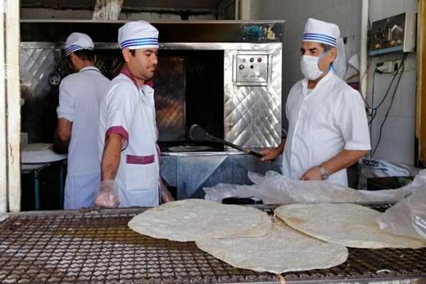 در جهت تامین نان یکصد تن آرد یارانه ای به نانوایی های بوکان تخصیص داده شد