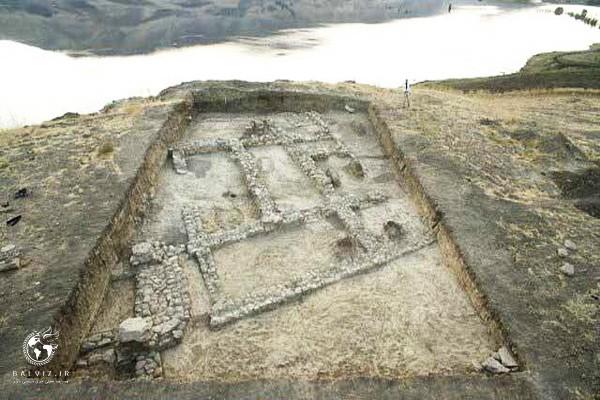 کشف گورهای دوران اسلامی در سومین فصل کاوش محوطه سوغانلو حوضه سد کانی سیب پیرانشهر