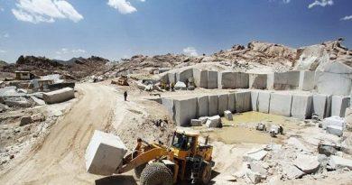 دو خبر تولیدی صنعتی پیرانشهر/۱۴ معدن سنگهای تزیینی در پیرانشهر فعال است
