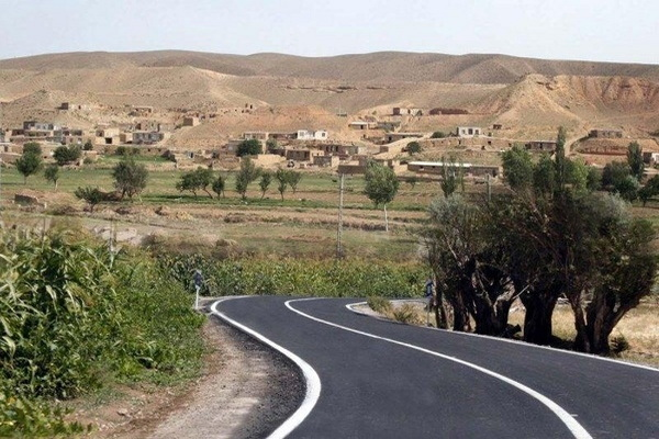 راههای بیش از ۱۰۰ روستای مهاباد آسفالت است