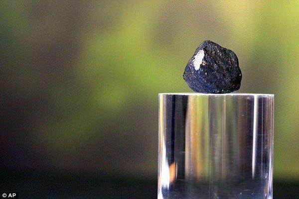 شهاب سنگی که سال ۲۰۱۸ به زمین خورد حاوی عناصر ایجاد حیات است