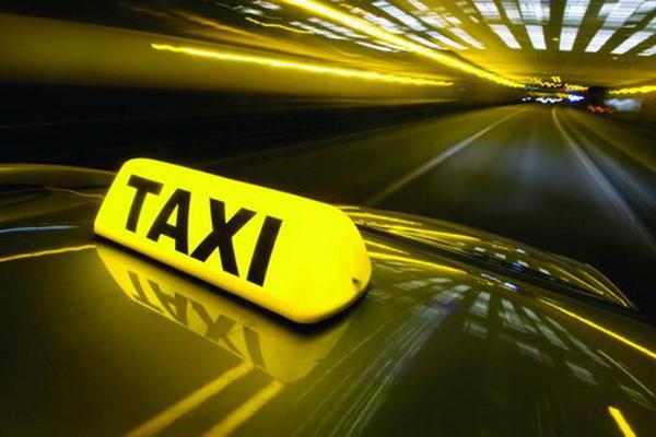 اعمال قانون بیش از 200 تاکسی اینترنتی متخلف در مهاباد