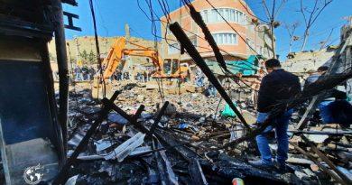 """عکس/خرابه های بر جا مانده،آتش سوزی بازارچه کالاهای خارجی"""" اصغری"""" در مهاباد"""