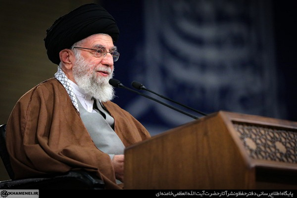 رهبر معظم انقلاب سال ۱۴۰۰ را سال «تولید، پشتیبانیها، مانعزداییها» نامگذاری کردند