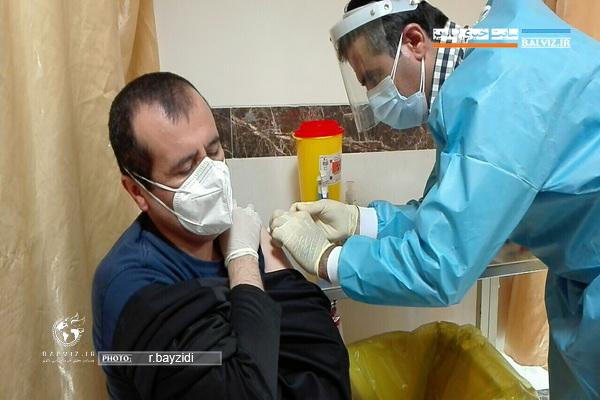 حدود 50 درصد کادر درمانی مهاباد واکسن تزریق کردند