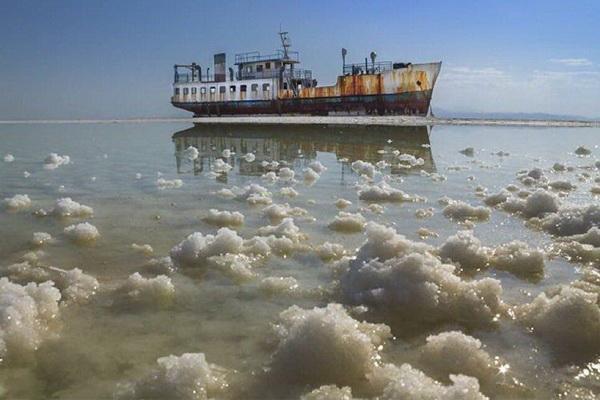 رها سازی 143 میلیون متر مکعب آب از سد های آذربایجان شرقی به دریاچه ارومیه
