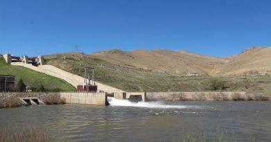 دومین مرحله رها سازی آب سد مهاباد آغاز شد