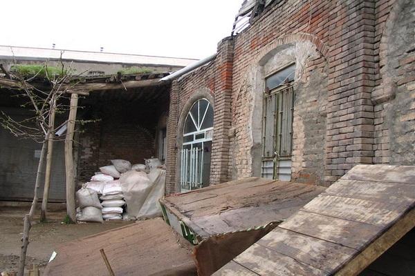تلاش برای ساماندهی محوطه کاروانسرای سیمون مهاباد