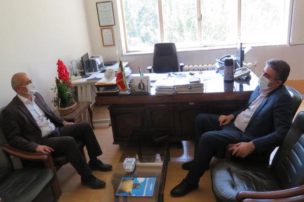 فرماندار مهاباد از اداره فرهنگ و ارشاد اسلامی بازدید کرد