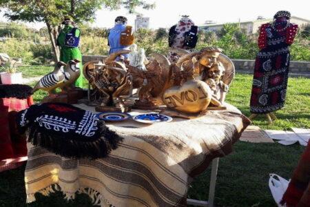 برپایی نمایشگاه صنایع دستی و گردشگری در مهاباد